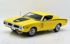 1971 Dodge Charger R/T Banana Yellow 1:18 Auto World 1031