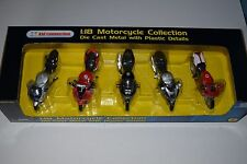 Maisto 1:18  Set of 5 Motorbikes  Suzuki, Honda, Kawasaki, Yamaha, Ducati