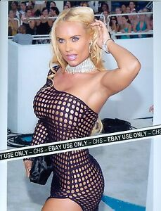 Nicole coco austin boobs