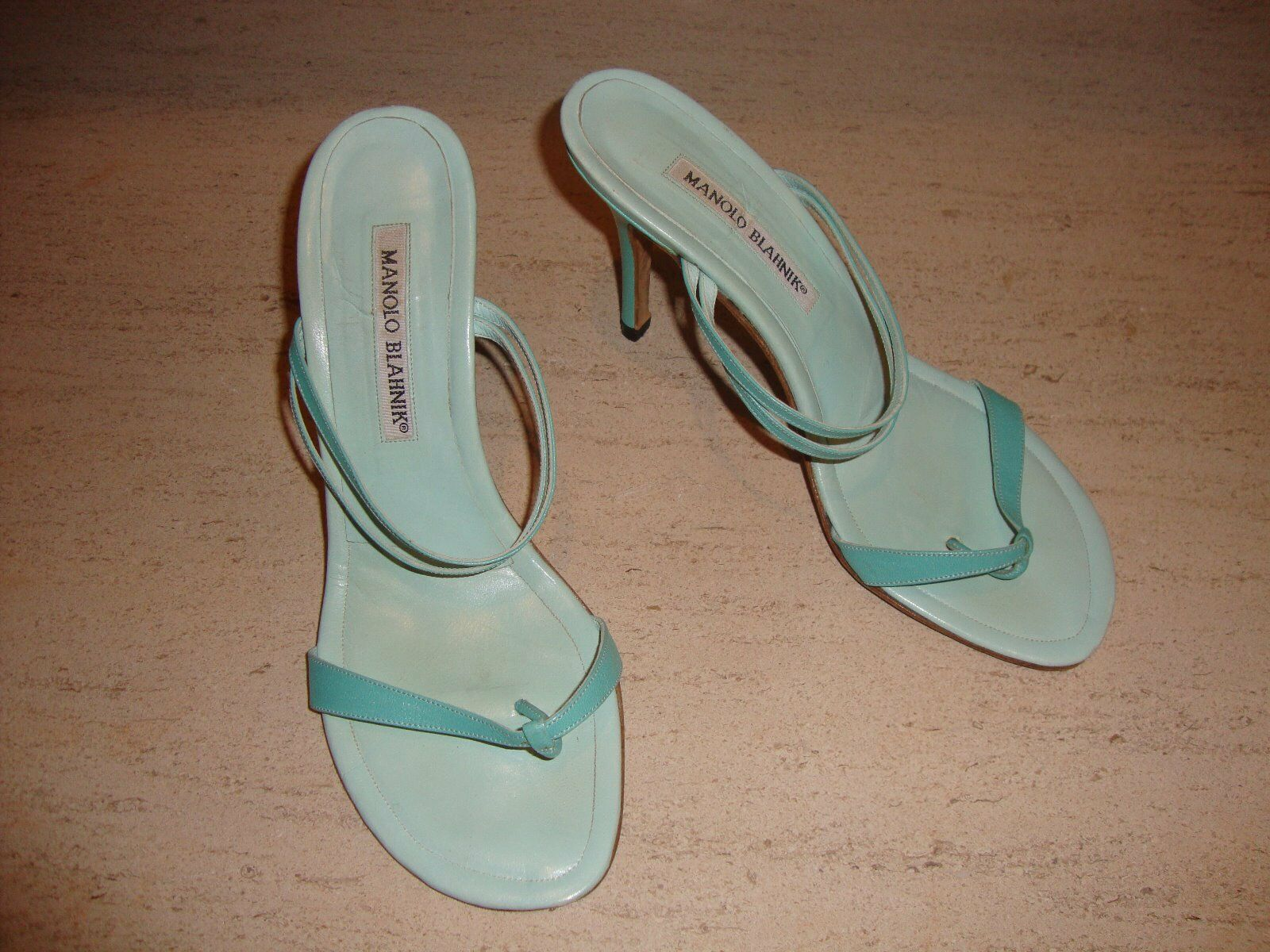 PERFECT STYLISH blueE LEATHER SANDALS BY MANOLO BLAHNIK FOR SUMMER