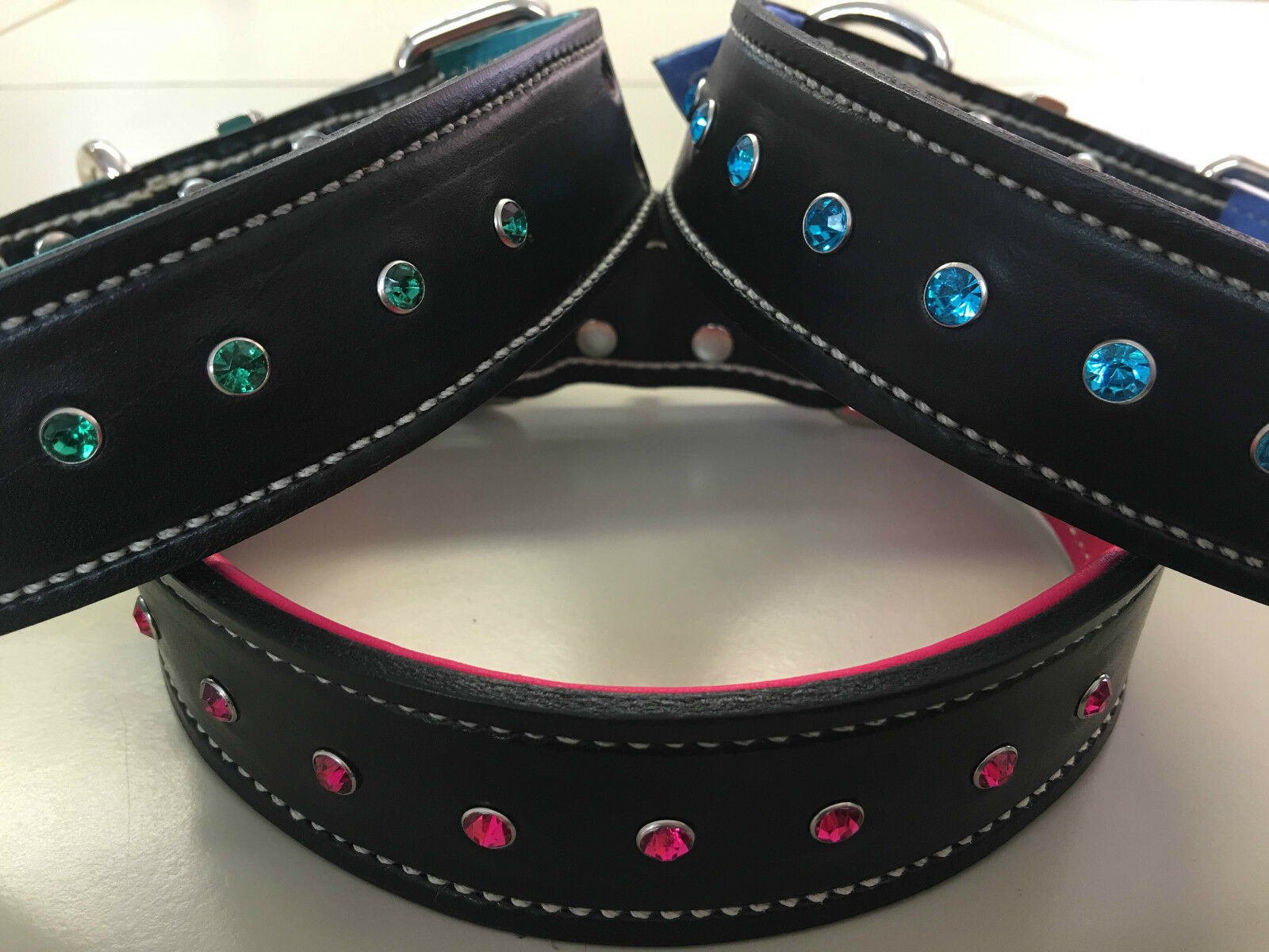 XX-Large nero Leather Dog Collar & Soft rosa, blu or verde Inner Lining & Gems