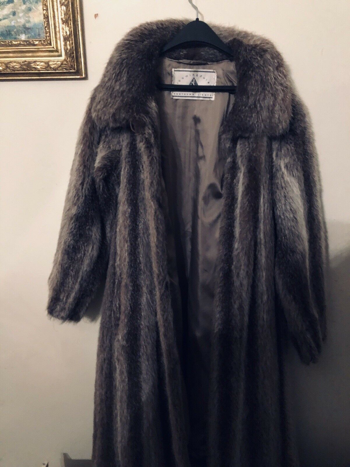 Bloomingdales Crystal fox coat size small medium large