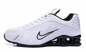 aec5d46e0d MENS WHITE & BLACK NIKE SHOX R4 ATHLETIC SHOES SIZES 7-11   eBay