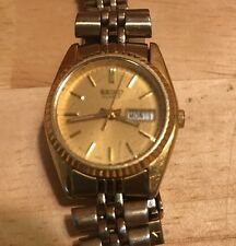 Vintage Seiko Quartz Ladies Gold Tone Dress Watch 7N83 Day Date Japan Mov't
