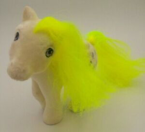 Vintage-G1-My-Little-Pony-So-Soft-Flocked-SS-Surprise-Surprise-Pose-Pegasus-MLP