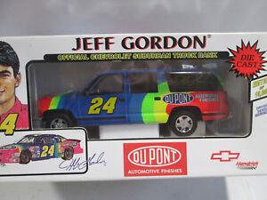 Jeff Gordon Chevrolet >> Details About Brookfield Jeff Gordon Chevrolet Suburban Truck Bank 1 Of 10000