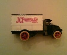 ERTL Die-Cast Metal 1925 JCPenny's 1925 Mack Delivery Truck Bank Locking w/ Key