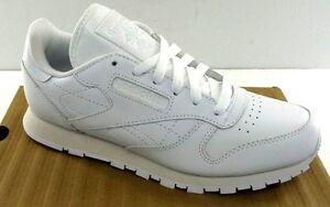 56fbc16f779 Image is loading Reebok-Classic-Leather-Junior-White-White-J90139-Youth-