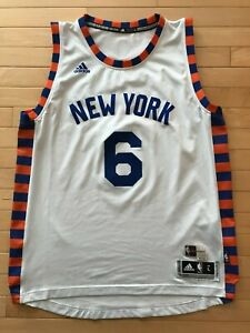 low priced 2fb69 76df2 Details about New York Knicks Kristaps Porzingis Alternate Nike Swingman  Jersey L Sz Mens Whit