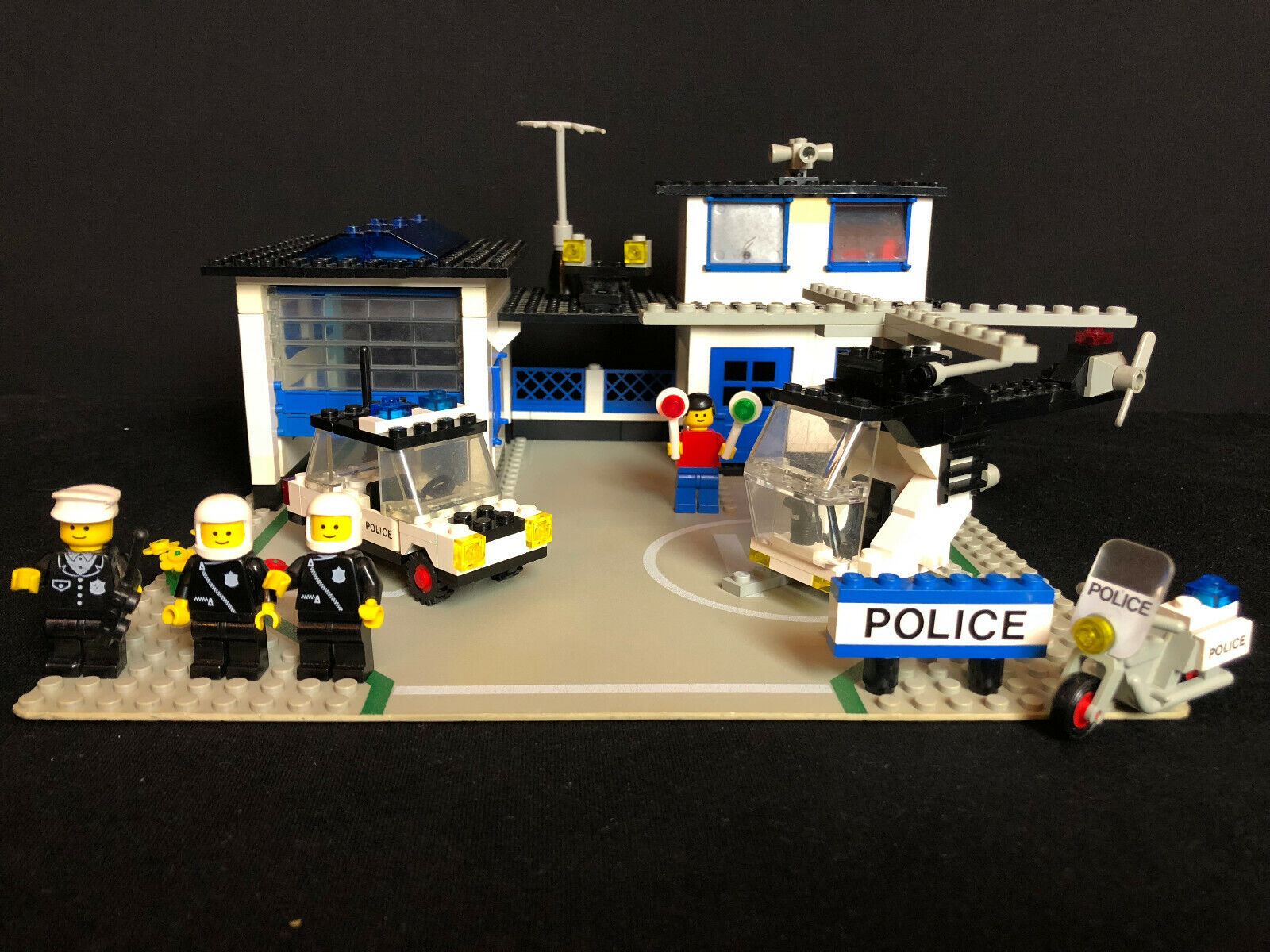 Lego 6384 city poste de police 6384 Police Station complete  with instruction  prix de gros