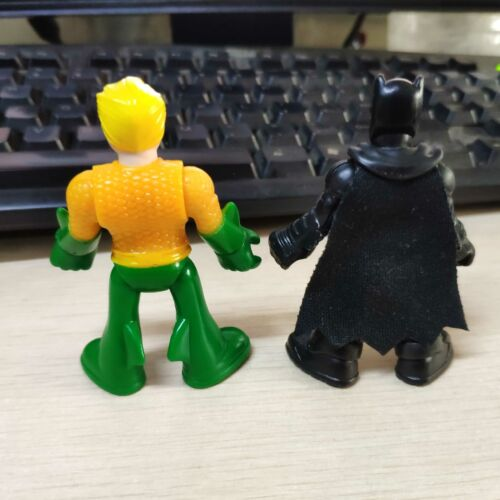 2 un Nueva Fisher-price Imaginext DC Super Amigos Baticueva Batman /& ACQUAMAN