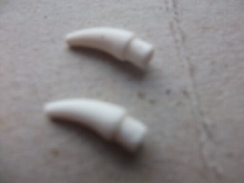 LEGO 53451 small barb//claw//tooth//horn  88513 a04 x 2