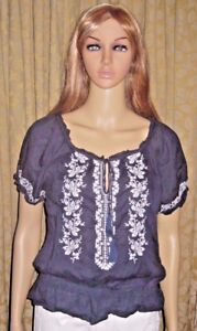 FOREVER-21-Size-Small-Blue-100-Cotton-Embroidered-Top