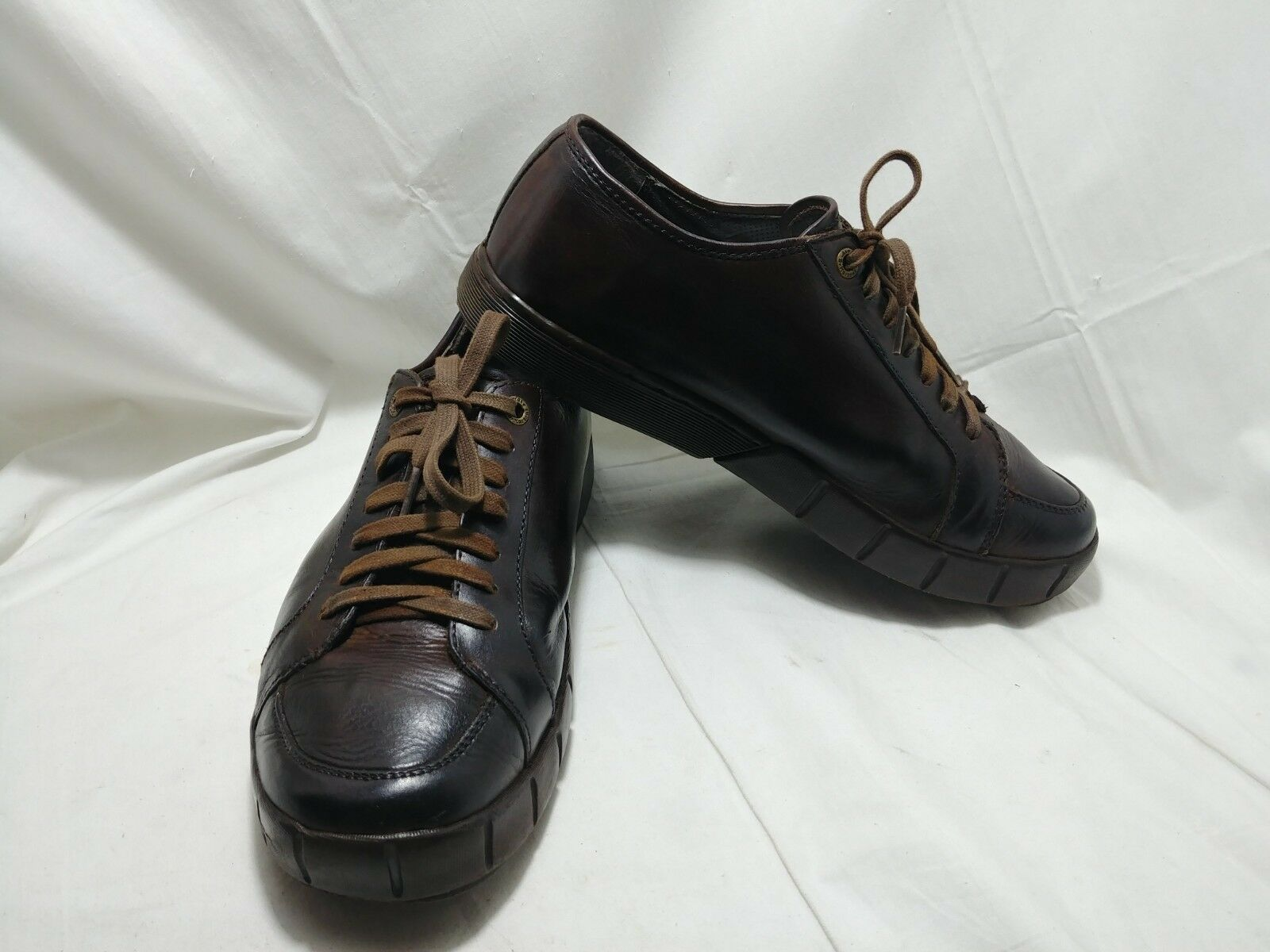Dr Martens 12601 Mens US 11 Medium Wide Polished Brown Leather