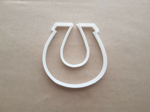 Horse Shoe Luck Hooves Shape Cookie Cutter Dough Biscuit Pastry Fondant Sharp