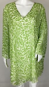 Ulla-Popken-Relaxed-Fit-Green-White-Animal-Print-V-Neck-Tunic-Top-Size-20-22
