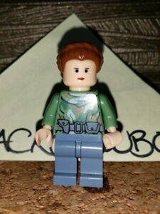 LEGO Star Wars Princess Leia Minifigure Endor Outfit