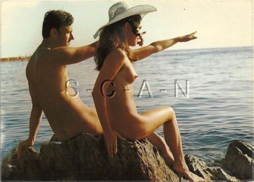 Org 1960s French Nude Pinup PC Naturisme Ile Du Levant White Hat Man & Woman