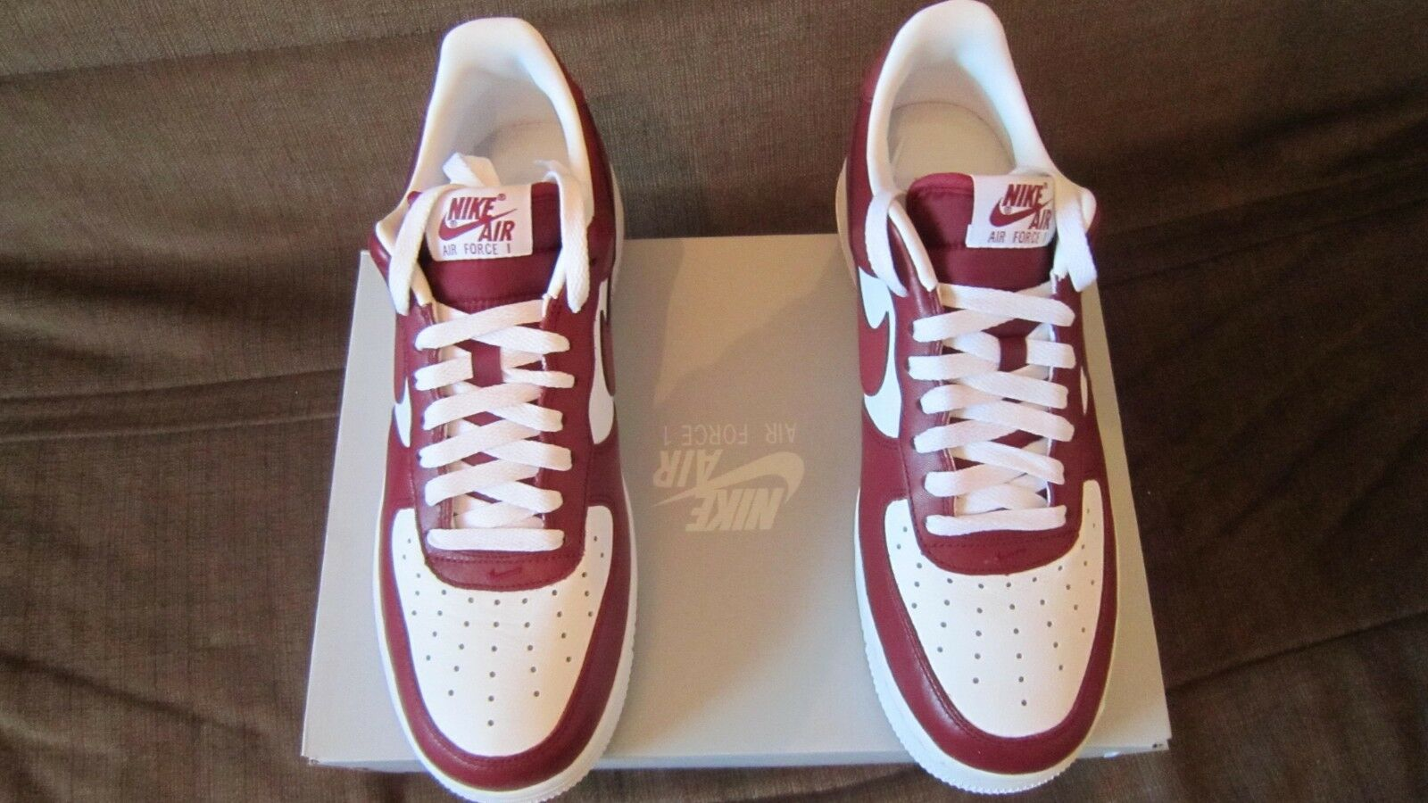 Chaussure Nike Air Force-1 Low, Homme, Neuve, Taille 42.5, Rouge & Blanche