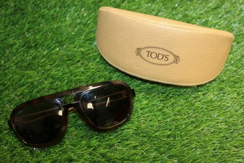 A Genuine Men's Tod's Black Brown Aviation Style Sunglasses 4-4/09 135 Case