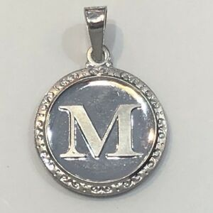 18K-Solid-White-Gold-Alphabet-Letter-M-Round-Pendant-Chinese-Lucky-2-8-Grams