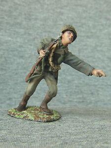 U-S-Infantryman-points-finger-WW2-The-Old-Northwest-Co