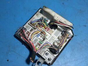 image is loading 2006-renault-megane-1-6-pet-fuse-box