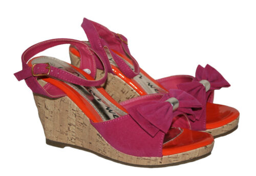 LADIES HOT PINK FAUX SUEDE WEDGE HEEL SANDAL WITH ANKLE STRAP SIZE 6