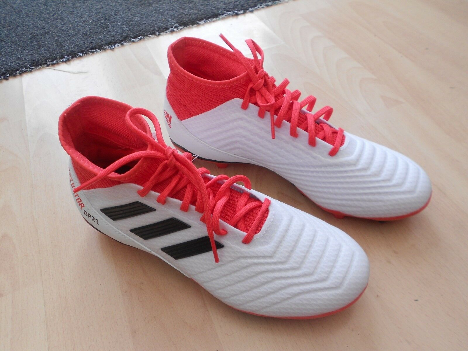 BNWOB ADIDAS PREDATOR 18.3 FG BOOTS -UK SIZE 8 - USED ONLY FOR TRYING ON