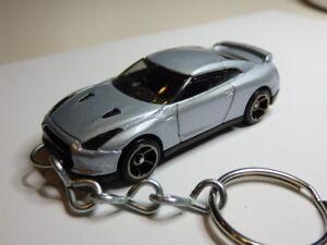 Yellow Toy Car Keyring Keychain Fast Color Diecast Nissan Skyline Gtr Gt-r R35