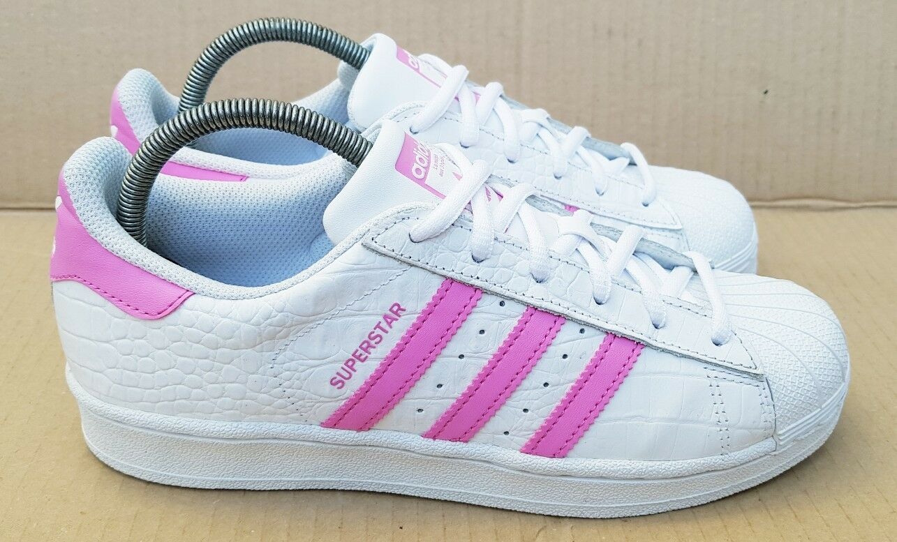 ADIDAS SUPERSTAR TRAINERS SIZE 4 UK RARE PINK AND WHITE REPTILE STUNNING