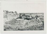 Foto Soldaten im Schützengraben Legion Condor Spanien (1159)