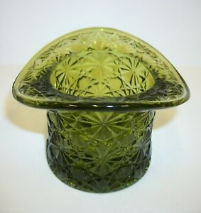 Vintage-Fenton-Daisy-Button-Colonial-Green-Glass-Top-Hat-Dish