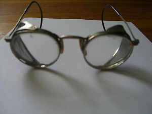 Vintage AMERICAN OPTICAL (AO) MOTORCYCLE SAFETY GLASSES/GOGGLES(023) c. 1930 USA