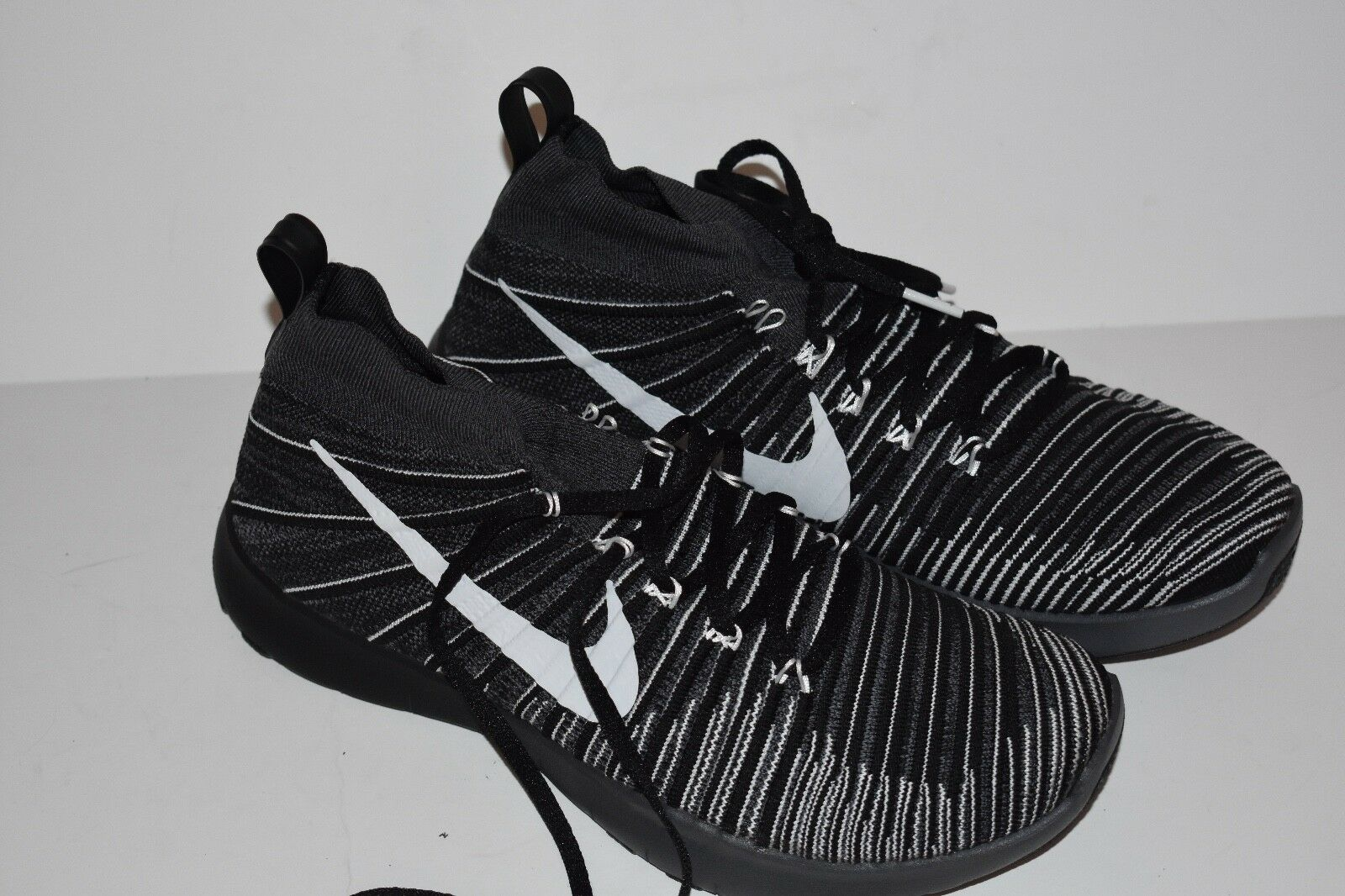 Nike Free Train Force Flyknit Mens Dark Grey  White-Black-Volt  833275 017 11.5