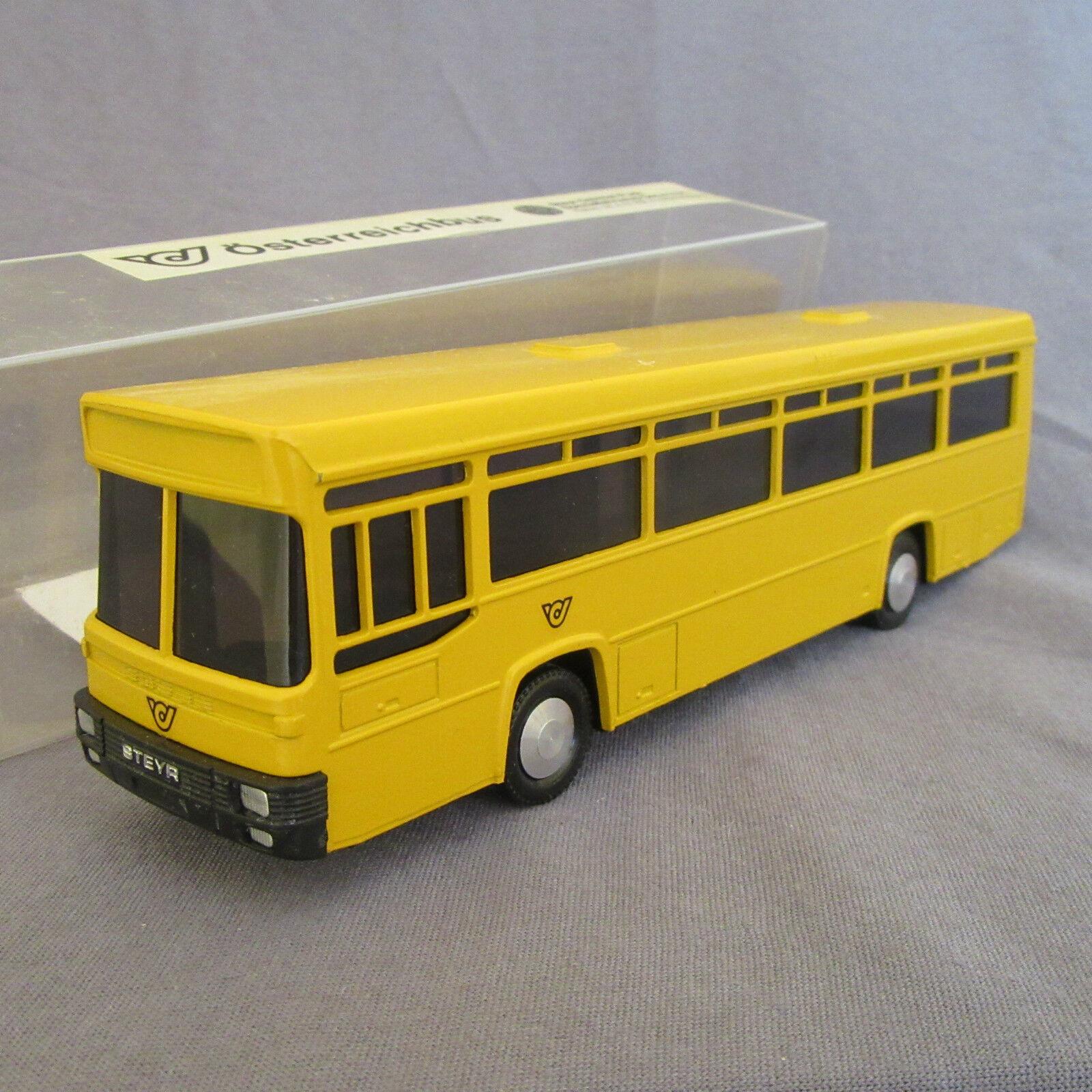 238E Cursor Modell 587 Bus Steyr Osterreichbus Yellow 1 66