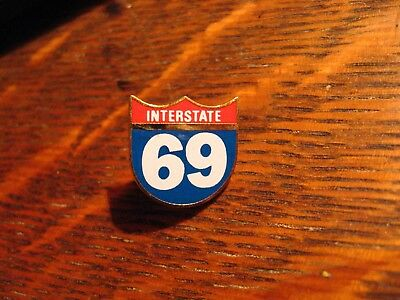 Interstate 69 Highway Lapel Pin - USA I69 I-69 Middle America Road Freeway Pin
