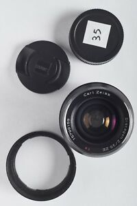 ZEISS-Distagon-T-35mm-f-2-MF-ZE-Lens-For-Canon-EX-Condition-With-Caps-and-Hood