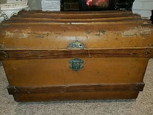 Old vintage large metal box storage chest trunk coffee table toy box shabby chic ebay Metal chest coffee table