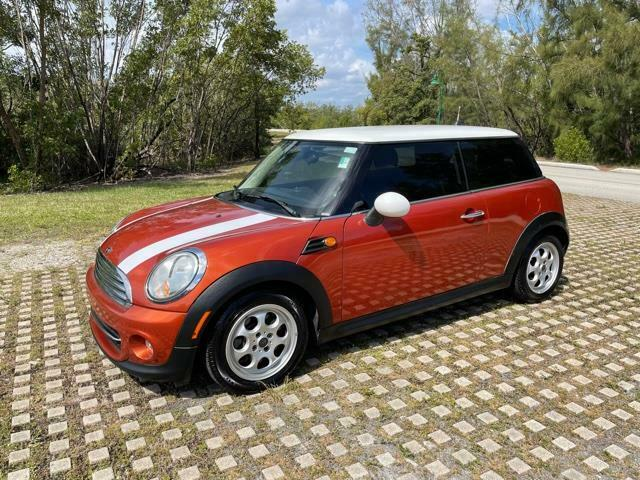 2013 MINI Cooper Free shipping Carfax certified No dealer fees