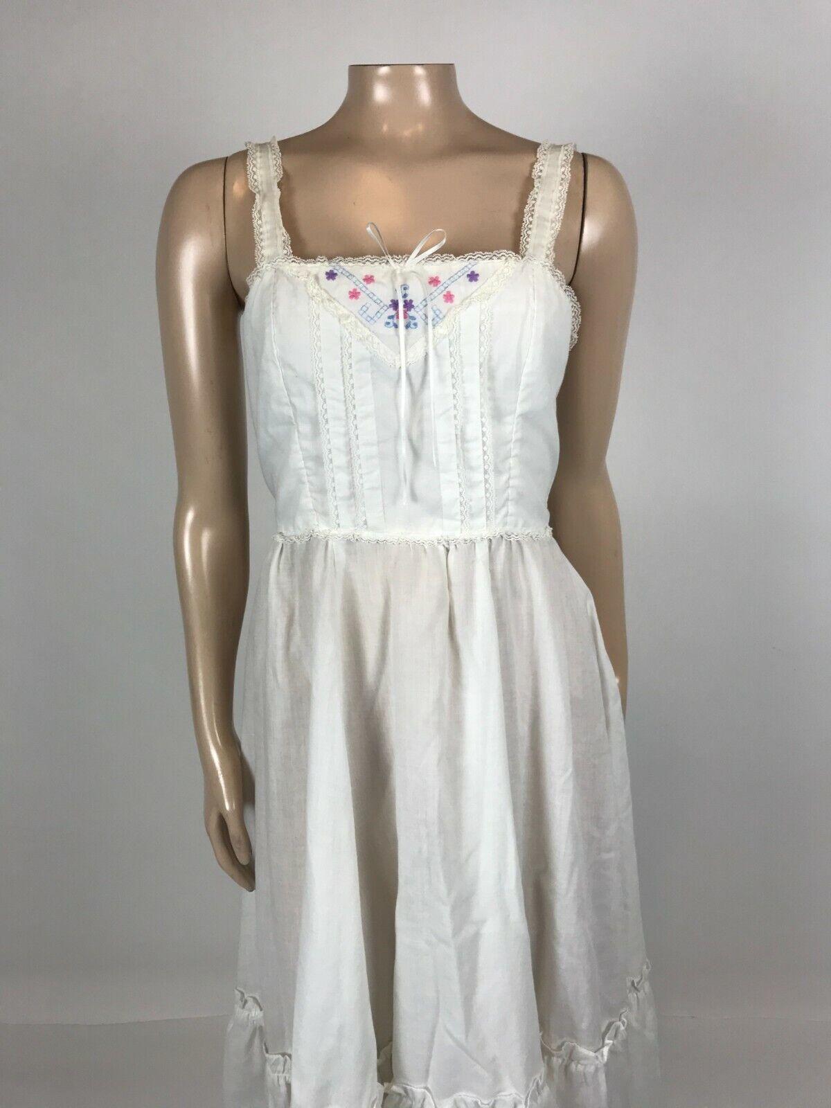 Vintage 70's Gunne Sax Women's Dress 9 cotton Flo… - image 2