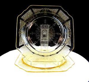 ANCHOR-HOCKING-DEPRESSION-GLASS-PRINCESS-TOPAZ-2-PIECE-8-3-8-034-SALAD-PLATES-1931