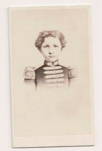 Vintage-CDV-Napoleon-Prince-Imperial-of-France-Taupin-Photo