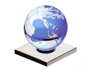LED-LENSER-Led-Base-Blue-Earth-7906-Glas-Kugel-Erdkugel-Blaue-Leuchte-Werbung