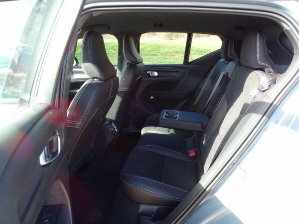 Volvo XC40 2,0 D3 150 R-Design aut. - billede 4