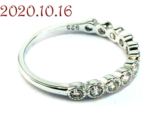 New in Box Avon Sterling Silver 925 Round Cut CZ Wedding Band Ring Size 6