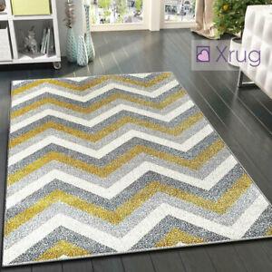 Rug Zig Zag Chevron Patterned Carpet
