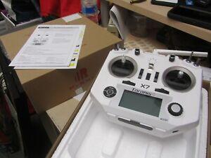FrSky-Taranis-Q-X7-2-4GHz-16-Channel-Transmitter-White-Brand-New