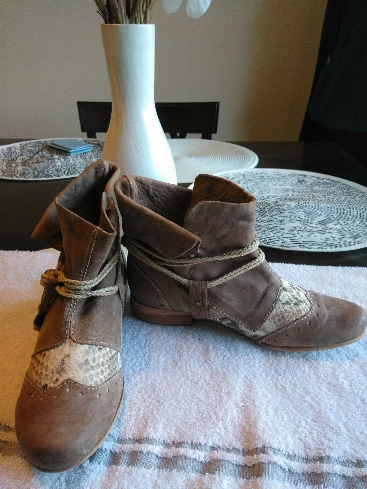 Clocharme Suede and Leather Ankle Stiefel Sz 36, 5.5 5.5 5.5 Made in  46f647