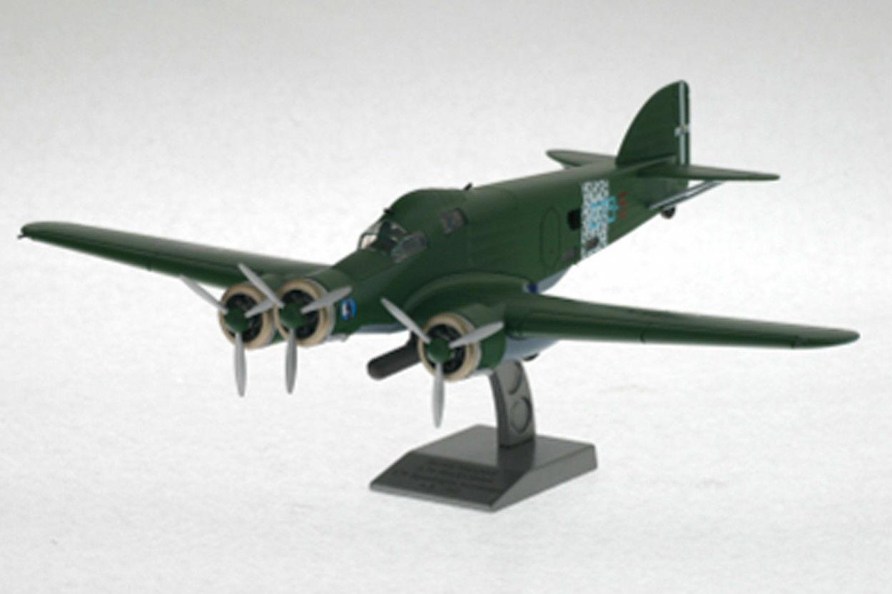 Vehículo viejo Savoia Marchetti S.79 sparrowhawk 279, A.S. 1942, escala 1   72.